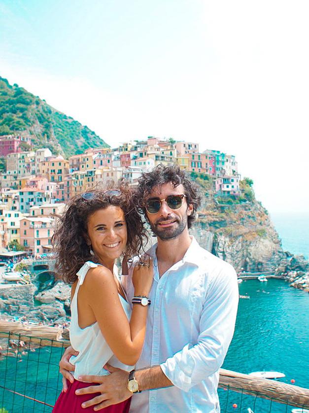 travel blogger weekend